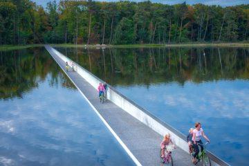 fiets-door-het-water